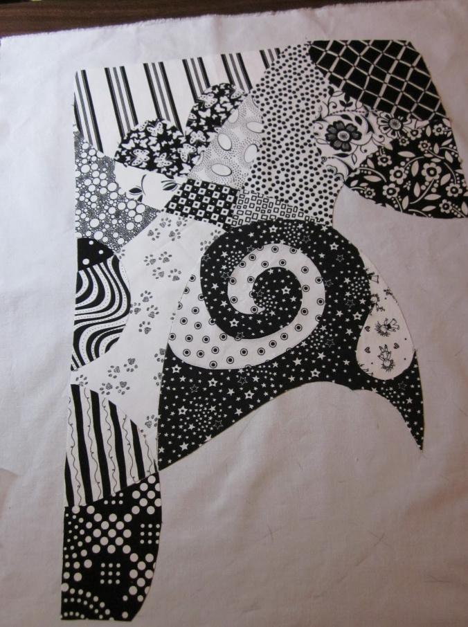 Как сшить черно-белое тканевое панно (5)