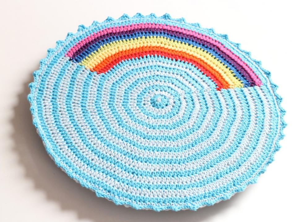 Делаем часы для поклонников вязания (7)