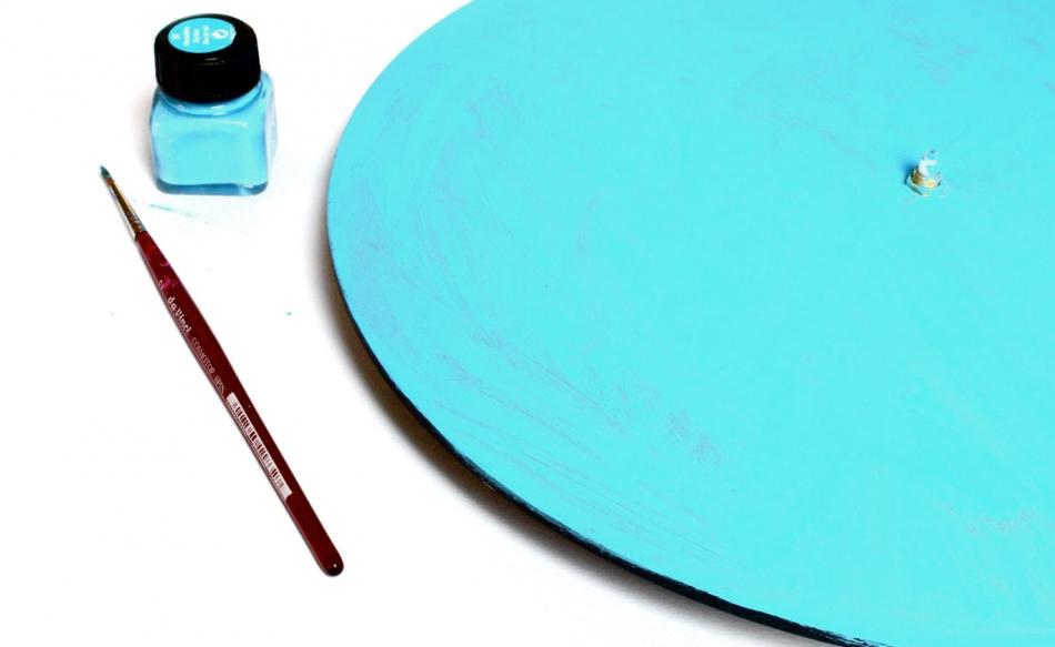 Делаем часы для поклонников вязания (3)