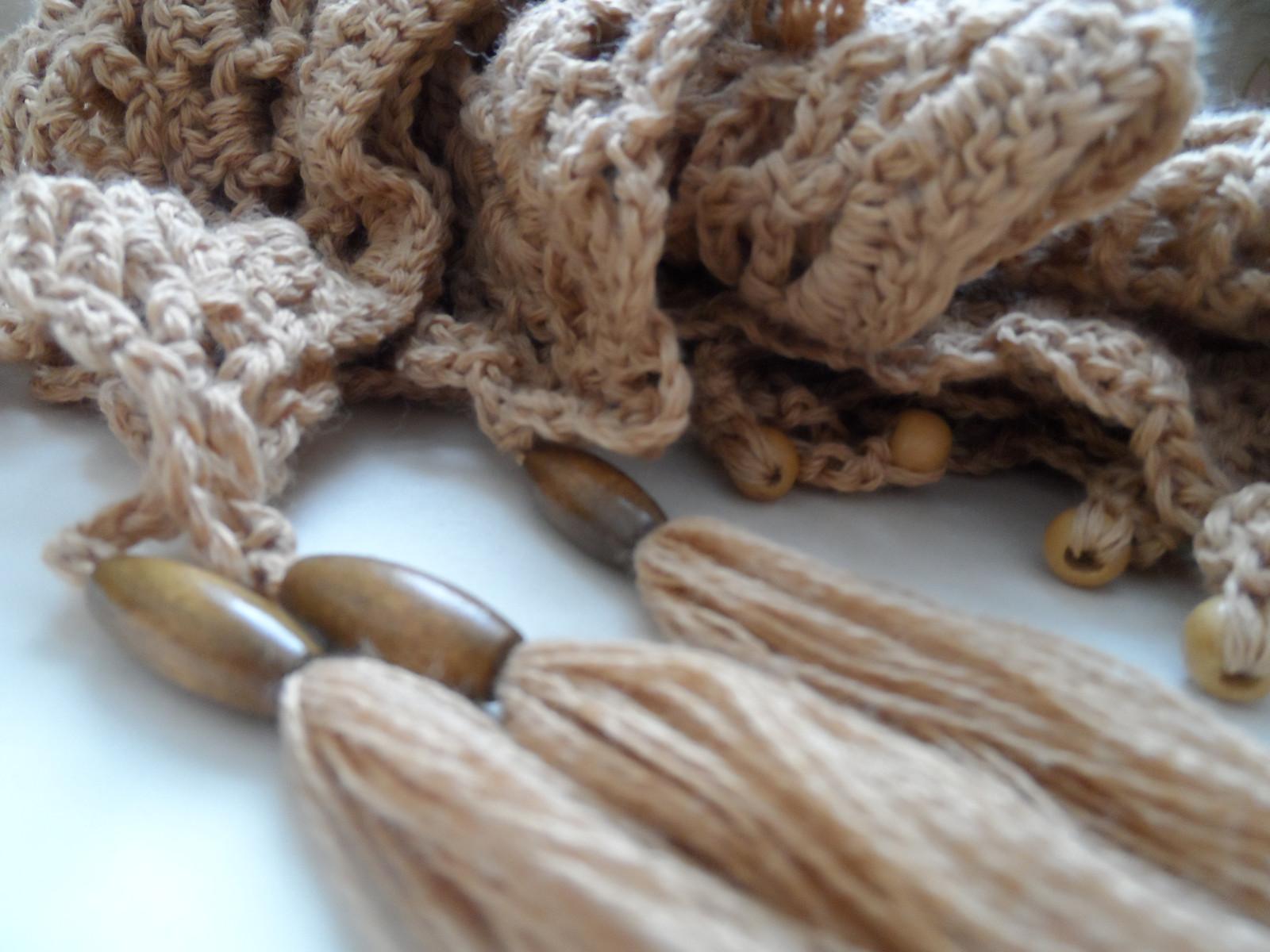 Вязаный платок под названием Гламурные сети (1)