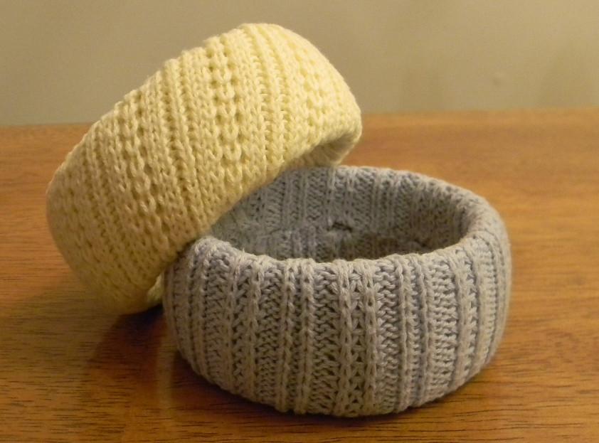 Браслет из старого пуловера (12)