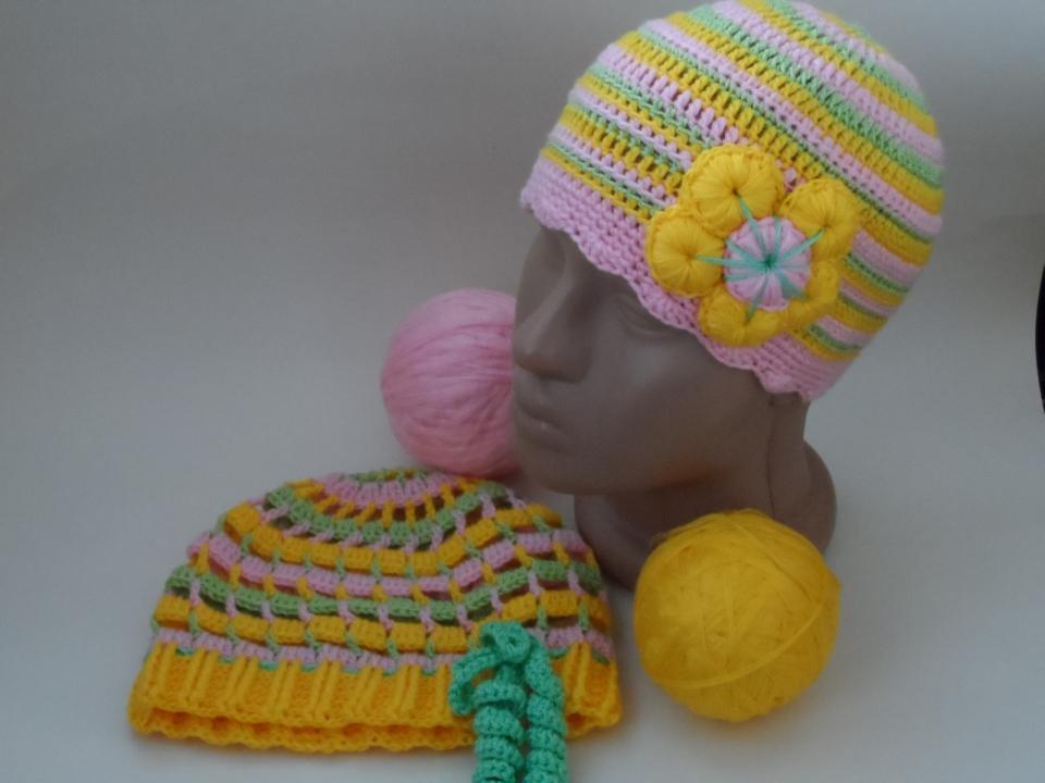 Две шапочки под названием Краски наступающего лета (12)