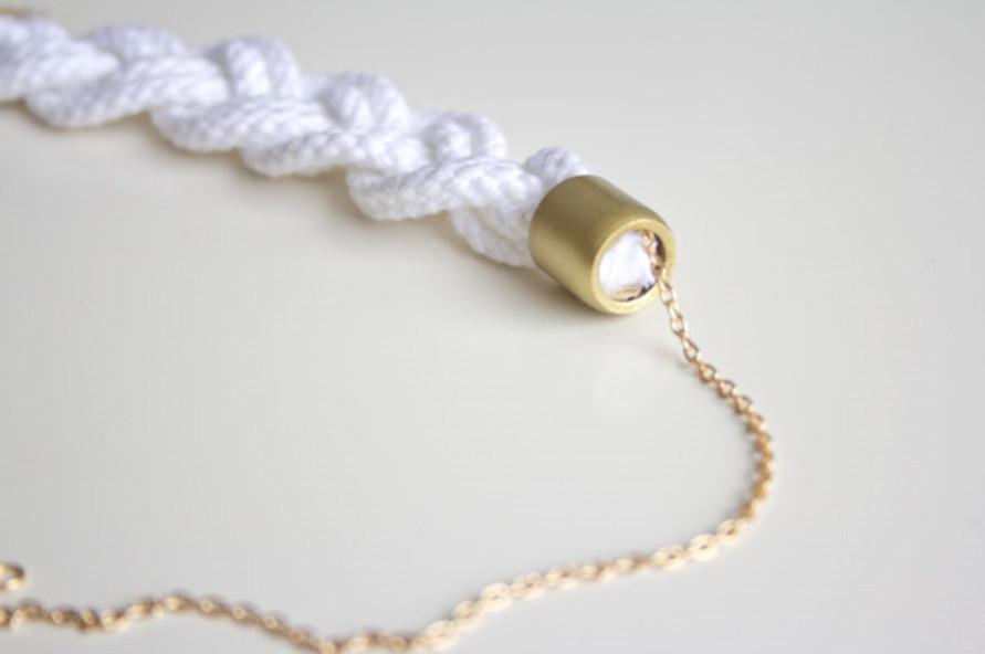 Колье из хлопкового шнура (4)