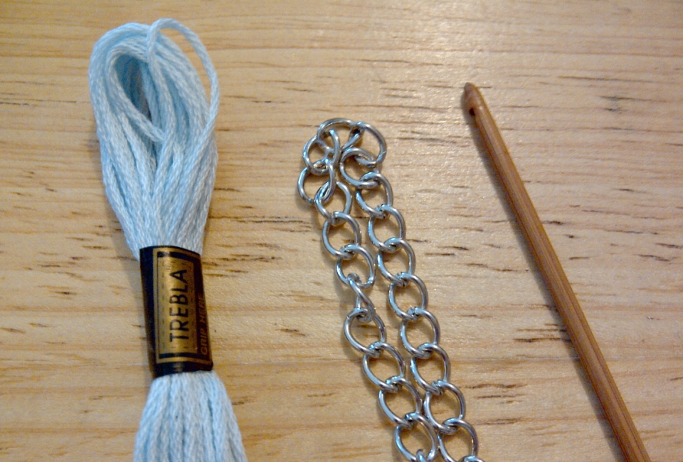 Вязаное украшение с восточным колоритом (2)