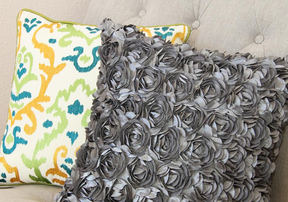 Цветочная декоративная диванная подушка (11)