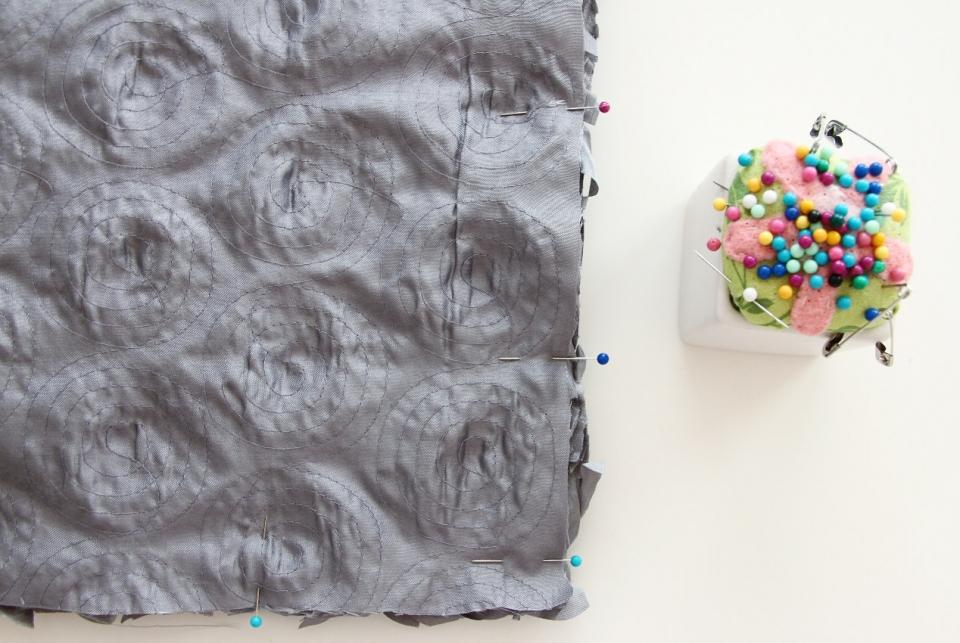 Цветочная декоративная диванная подушка (3)