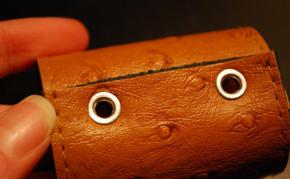 Кожаные кольца для салфеток (4)