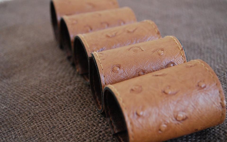 Кожаные кольца для салфеток (1)