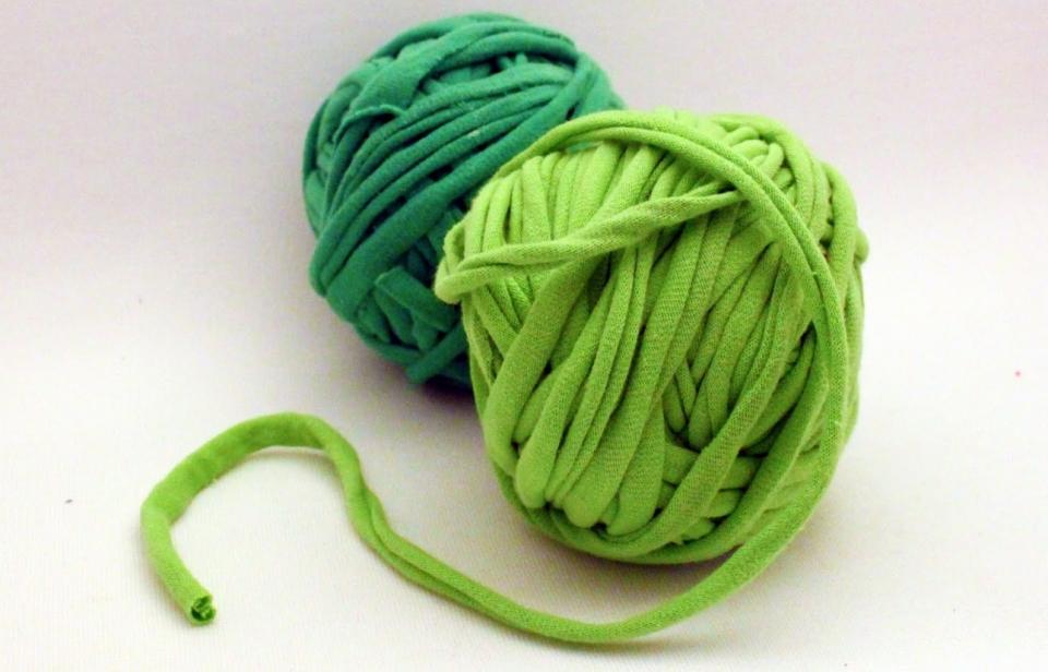Декоративное кашпо с вечно-зеленой травой (1)