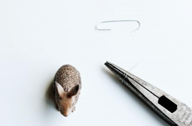 Держатели визиток в виде зайцев (7)