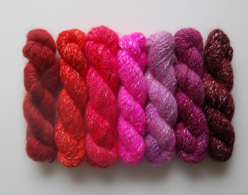 Украшение из вязаных шнуров (6)