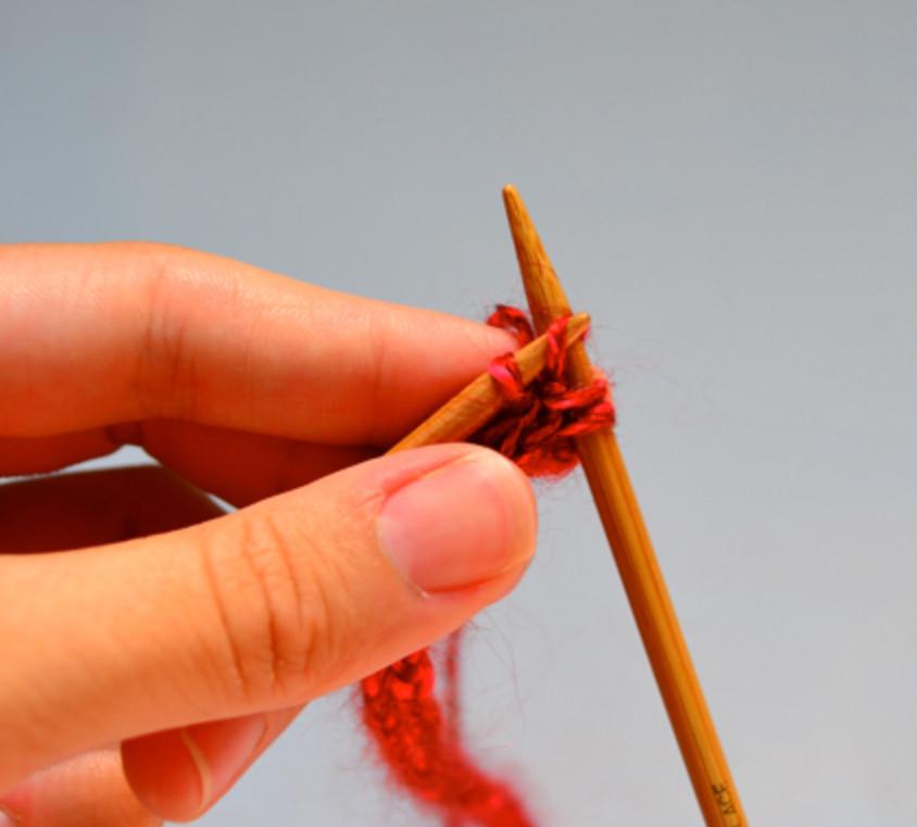 Украшение из вязаных шнуров (4)