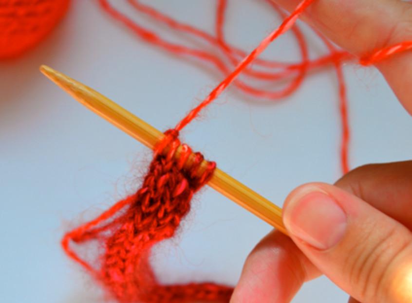 Украшение из вязаных шнуров (2)