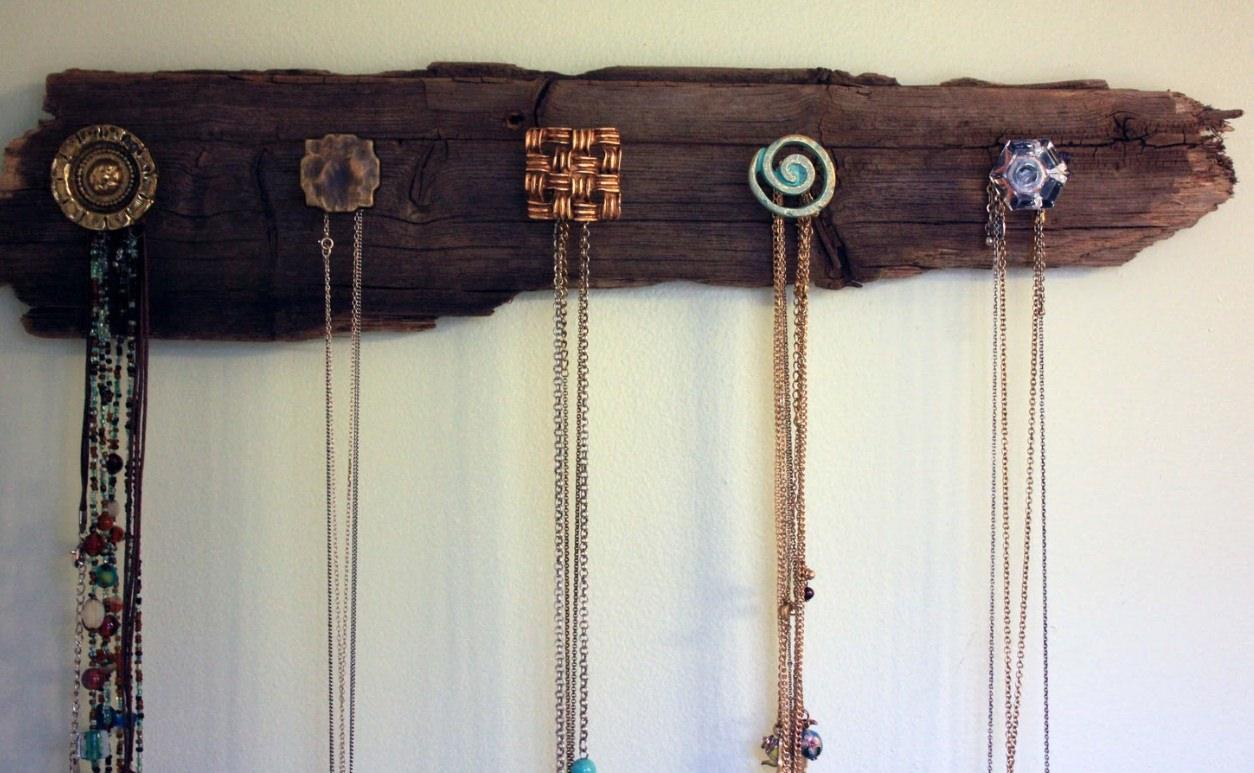 Как сделать вешалку своими руками для украшений