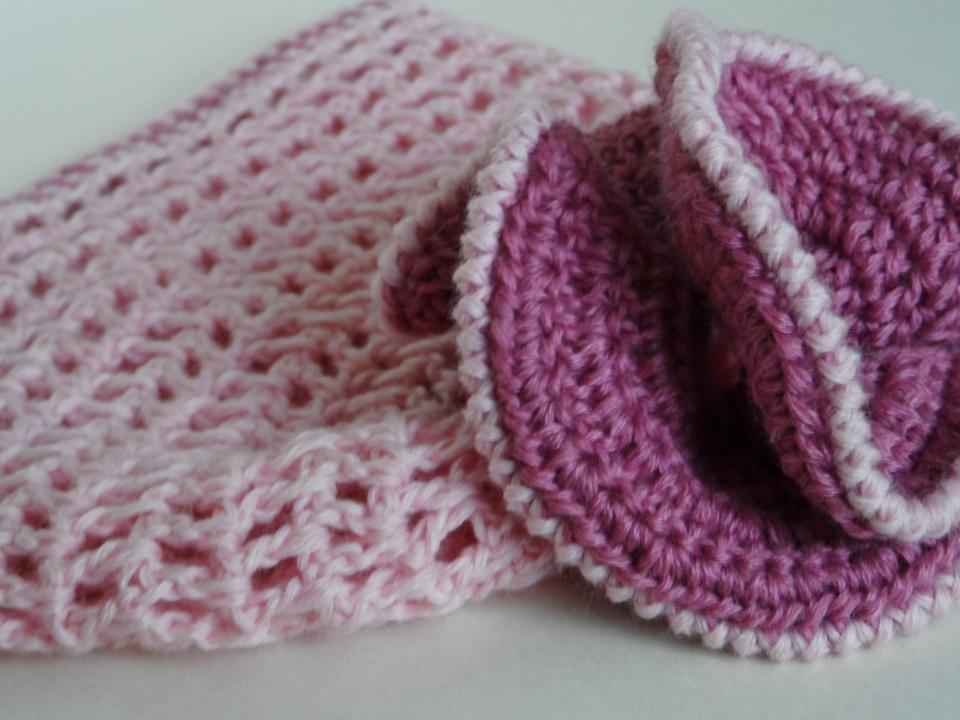 Шапочка вязаная Pink