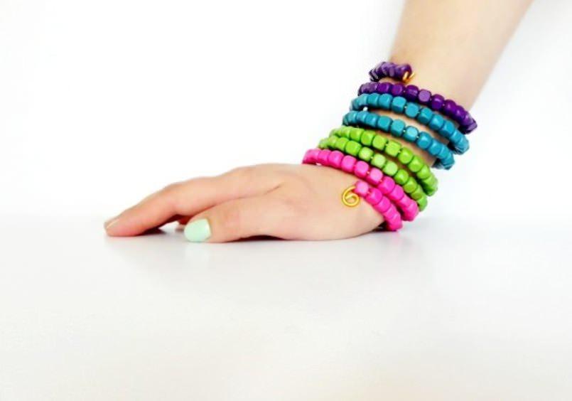Цветные браслеты своими руками 639