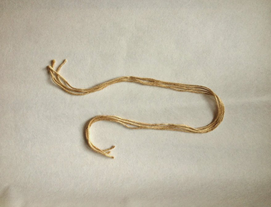 Как из ниток сделать шнурок