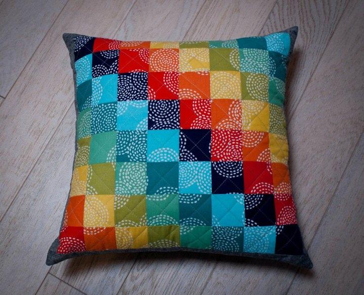 Подушка из квадратов сшить 82