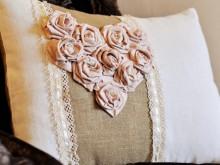 Диванная подушка в стиле винтаж