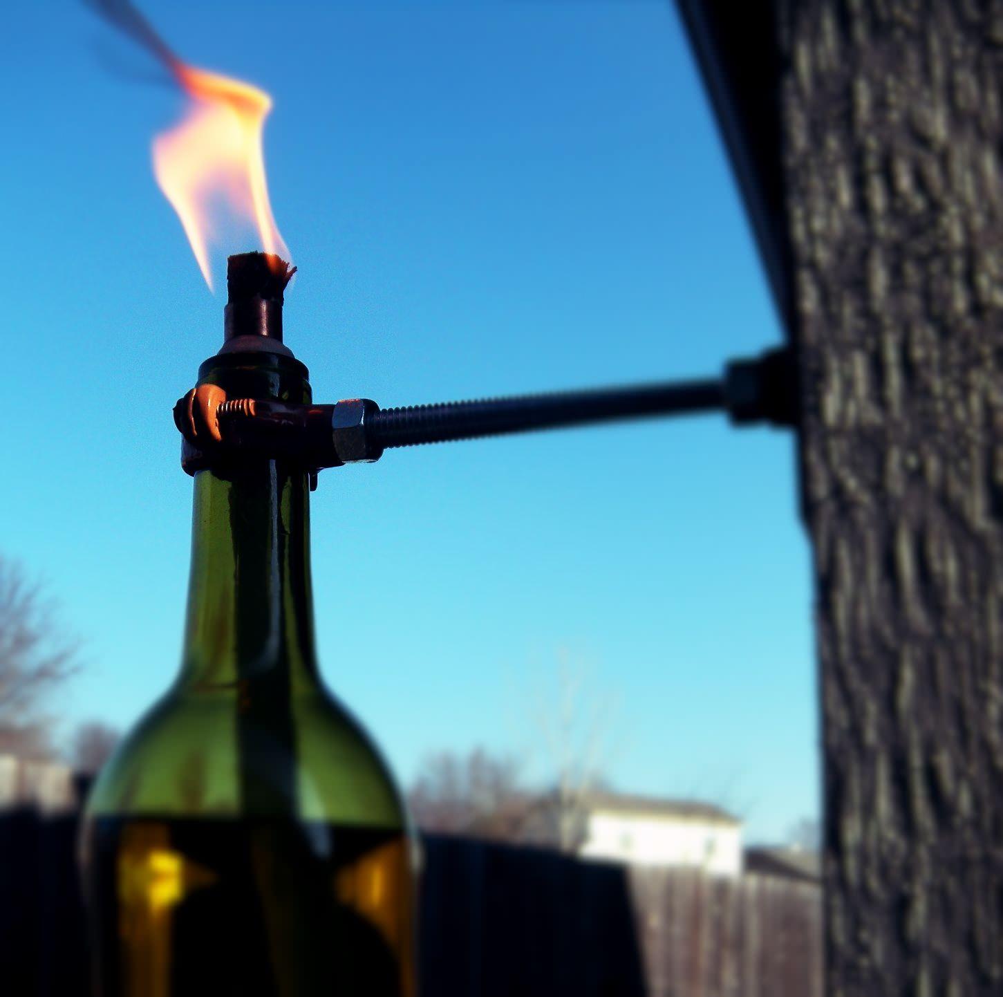 Мастерим своими руками факел из бутылки