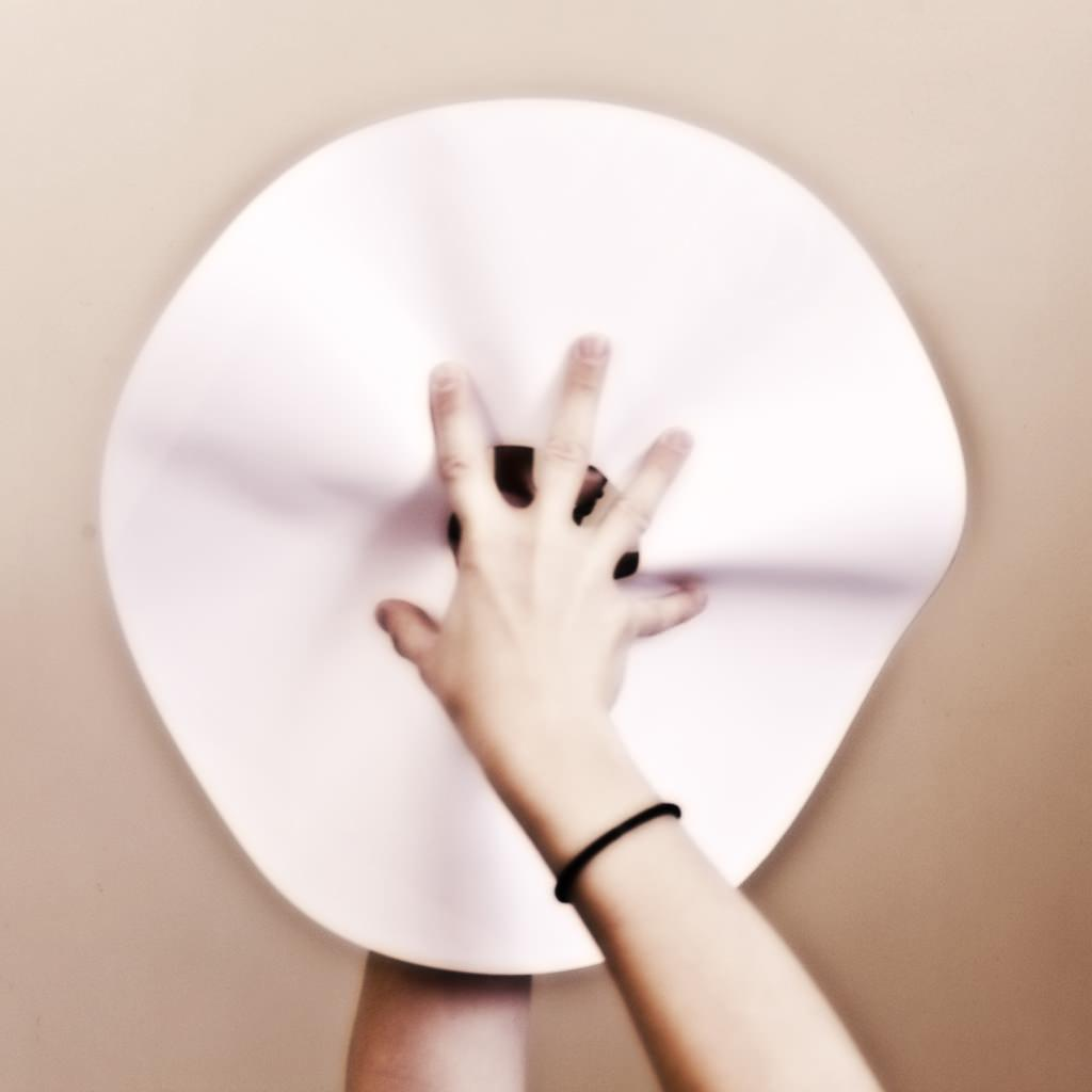 Слоеная люстра из бумаги